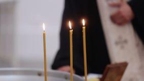 Candele in chiesa archivi video