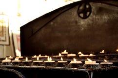 Candele dell'altare Immagini Stock Libere da Diritti