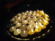 Candele di diyas di deepwali di diwali festivo immagini stock libere da diritti