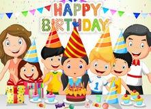 Candele di salto di compleanno del fumetto felice della ragazza con la suoi famiglia ed amici illustrazione di stock