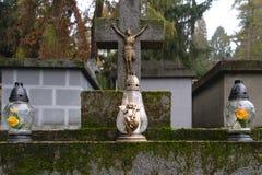 Candele sulla tomba Fotografia Stock