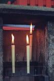 Candele in tempio Fotografia Stock Libera da Diritti