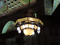 Candeliere che appende la moschea interna di Al-Aqsa, Gerusalemme Fotografia Stock Libera da Diritti