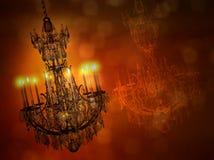 Candeliere di lusso dell'oro con la riflessione isolato sul backgrou scuro Immagini Stock Libere da Diritti