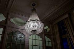 Candeliere nel corridoio Fotografia Stock Libera da Diritti