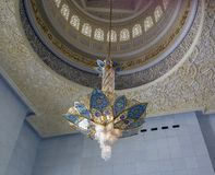 Candeliere in Sheikh Zayed Grand Mosque, Abu Dhabi, UAE Immagini Stock Libere da Diritti