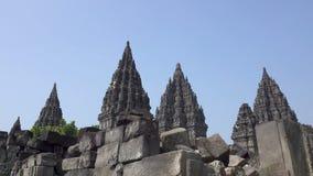 Candi Prambanan o Candi Rara Jonggrang es un compuesto del siglo IX del templo hindú en centavo almacen de metraje de vídeo