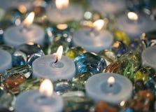 Candlas et particules en verre Images libres de droits