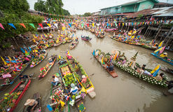 Candle Festival Lad Chado water. Activities in the way of life along the canal. Touch of Thailand Local culture is still preserved. In addition, have fleet of Stock Photos