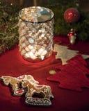 candleholderpepparkakahästar Royaltyfri Bild