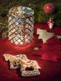 candleholderpepparkakahästar Royaltyfria Bilder
