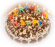 candlelight именниный пирог домодельный стоковое фото rf