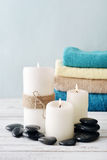 Candles with bath towels Royalty Free Stock Photos