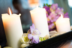 Candles and flowers Royalty Free Stock Photos