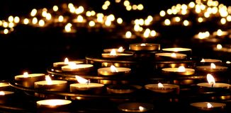Free Candles In The Dark Royalty Free Stock Photography - 16022517