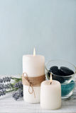 Candles with lavender flowers Royalty Free Stock Images