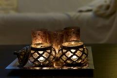 Candles o árabe na mesa de centro Imagem de Stock Royalty Free