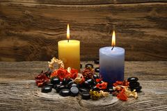 Candles and potpourri Royalty Free Stock Photos