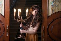 candlestick kobieta nadchodząca izbowa Zdjęcie Royalty Free