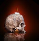 Candlestick od ludzkiej czaszki Zdjęcia Stock