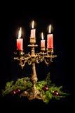 Candlestick z płonącymi świeczkami Fotografia Royalty Free