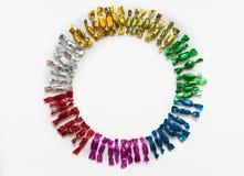 Candy ha colorato gli involucri su un fondo bianco Fotografie Stock