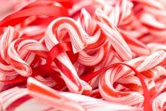 Candycanes背景 免版税图库摄影