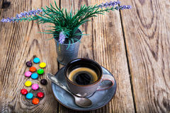 Candys och espresso Royaltyfri Foto