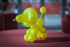 Cane creato dal pallone fotografia stock
