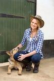 Cane della ragazza del paese Fotografia Stock