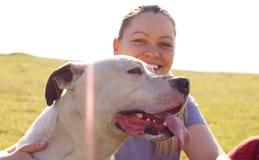 Cane e proprietario insieme Immagini Stock