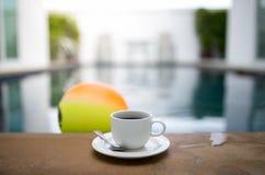 Caneca de café com associação Imagens de Stock Royalty Free