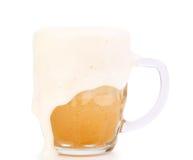 Caneca de cerveja com espuma Imagem de Stock