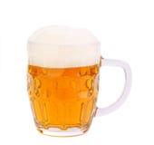 Caneca de cerveja com a espuma isolada Fotos de Stock
