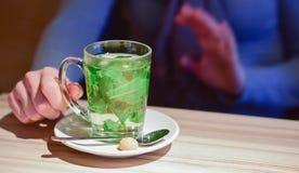 Caneca de chá da pastilha de hortelã Foto de Stock
