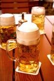 Canecas de cerveja imagem de stock royalty free