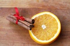 Canela e laranja Fotografia de Stock Royalty Free