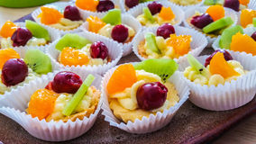 Canestri di frutta Fotografie Stock Libere da Diritti