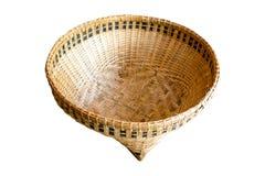 Canestro di bambù, un canestro dagli artigiani tailandesi fotografie stock