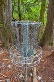 Canestro di golf del disco Immagini Stock