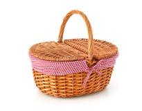 Canestro di picnic, isolato su bianco immagini stock