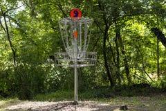 Canestro numero 9 di golf su un corso Fotografie Stock