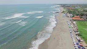 Canggu Batu Bolong nieba plaży Bali Indonezja antena 4k zbiory