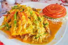 Cangrejo de caparazón blando sofrito en polvo de curry foto de archivo