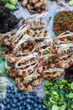 Cangrejos y verduras Imagen de archivo