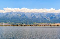 Cangshan Mountain and Erhai Lake Royalty Free Stock Photos