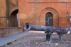 Canhão de Regina em Castello Estense fotografia de stock