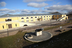 Canhão do século XIX no fortness de Daugavpils Fotografia de Stock