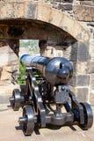 Canhão restaurado da focinho-carga no castelo Escócia Reino Unido de Edimburgo Imagem de Stock