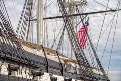 Canhões do Fregate da constelação no porto de Baltimore foto de stock royalty free